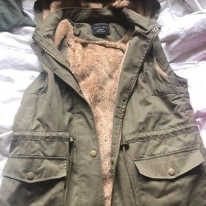 Green fur vest w/ hood